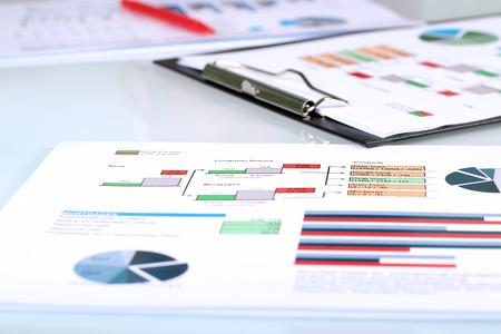 kleurrijke grafieken, tabellen, marketing onderzoek en bedrijfsleven jaarverslag achtergrond, project management, budget planning, financiële en onderwijs concepten Stockfoto