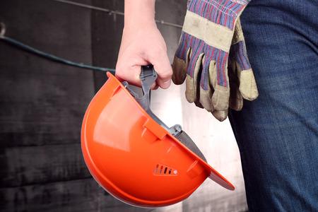 herramientas de construccion: Trabajador en un sitio de construcci�n