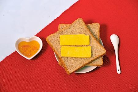 jams: bread with jams