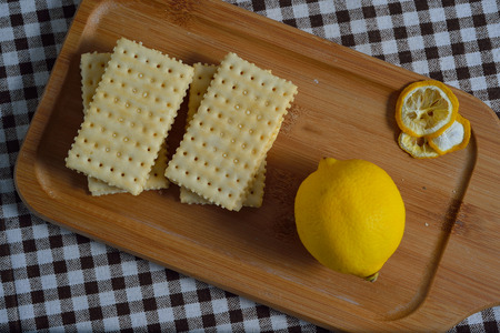 biscuit and lemon