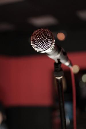 Microfono sul palco - concerto rock Archivio Fotografico - 97907103