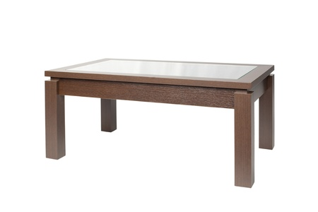 muebles de madera: Mesa de caf� oscuro madera aislada sobre fondo blanco. Foto de archivo