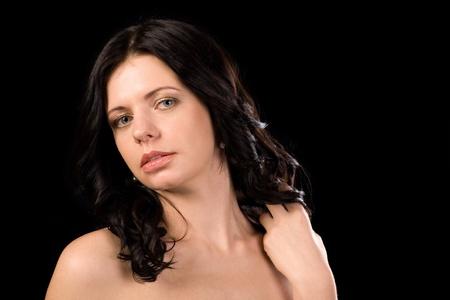 bare shoulders: Beautiful brunette girl with bare shoulders