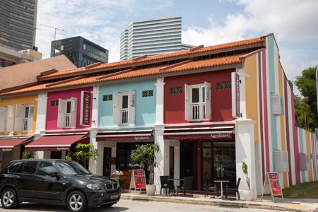 arab glamour: SINGAPORE - CIRCA FEBRUARY, 2015: On the streets Arab quarter (Kampong Glam). Arab Quarter is the oldest historic shopping district of Singapore, is popular for visiting tourists.