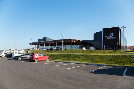 tigre: VLADIVOSTOK, RUSSIA - OCTOBER 18, 2015: Tigre de Cristal is the first casino which opened October 8, 2015 in the Primorsky Integrated Entertainment Zone IEZ in the suburbs of Vladivostok, Primorye.