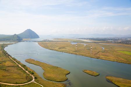 lejano oriente: Vista del Golfo Najodka (nombre antiguo del Golfo de Am�rica) y la ciudad de Nakhodka con una vista de p�jaro. Extremo Oriente, Krai de Primorie, Rusia.