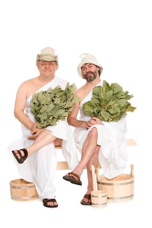 sauna nackt: M�nner mittleren Alters in der traditionellen russischen Sauna Badeanz�gen. Aus einer Serie von russischen Bad Lizenzfreie Bilder
