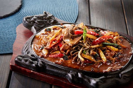 Chinese dishes, Stir fried beef with hot and sour sauce