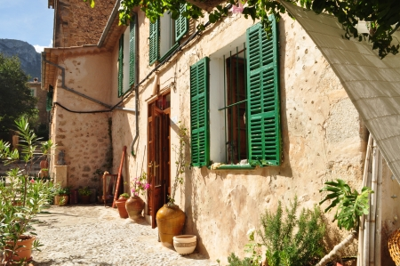 dea: Old house in Mallorca