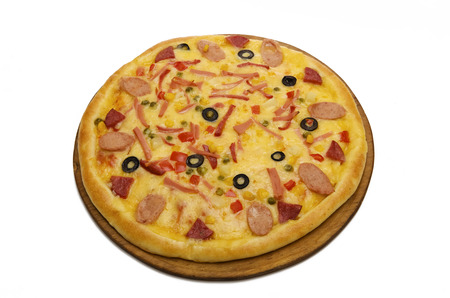 appetizing: Fresh, appetizing pizza with the olives, the vegetables and the fruits