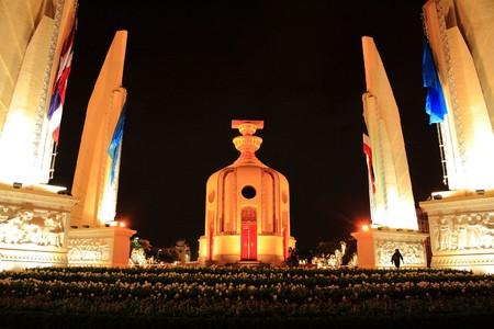 democracy monument: The Democracy Monument, Bangkok, Thailand