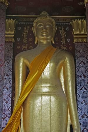 lao: Golden buddha statues en lao