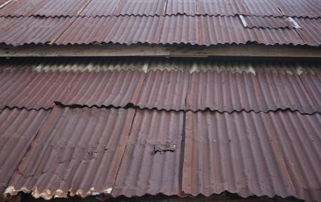 屋根段ボール鉄のさびた金属の質感