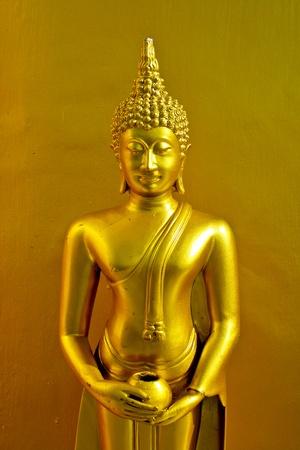 idolatry: Statue buddha gold