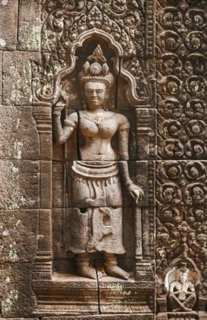 lao: sculptures Apsara � Wat Phu au Laos