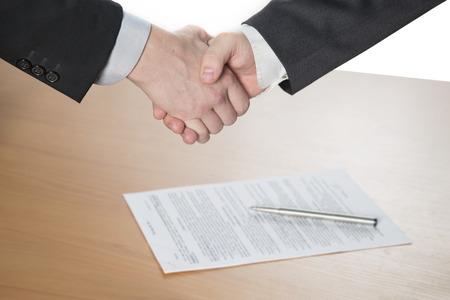 handshake, oba muži si podali ruce Reklamní fotografie - 33048830