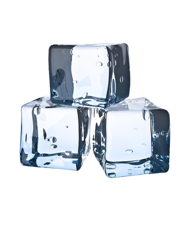 Ice cube. Isol� sur fond blanc