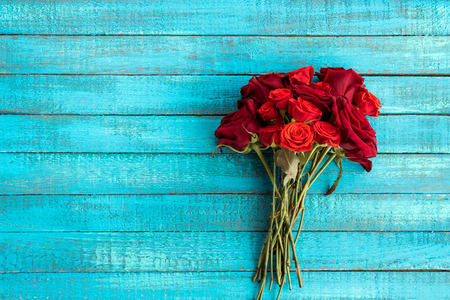 roses bouquet on table