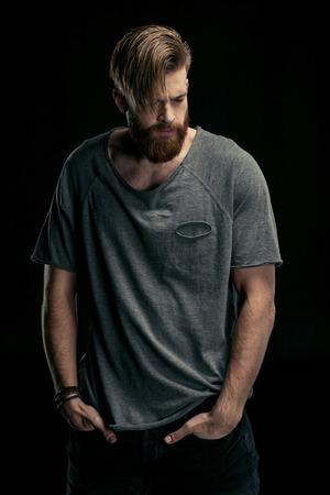 portret van stijlvolle man in shirt Stockfoto