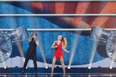 KYIV, UKRAINE - MAY 10, 2017:  Ilinca & Alex Florea from Romania at the second semi-final rehearsal during Eurovision Song Contest, in Kyiv, Ukraine 에디토리얼