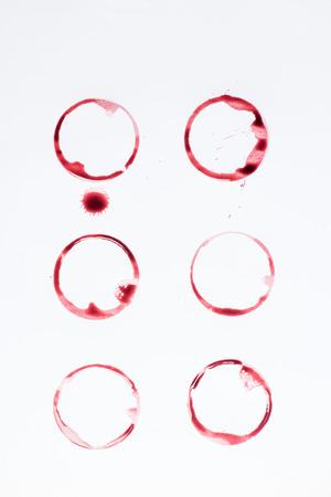 빨간 동그라미로 만든 라인의보기를 닫습니다 스톡 콘텐츠