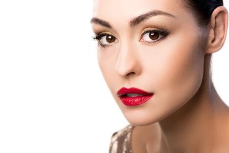 Retrato de mulher com maquiagem brilhante olhando câmera Foto de archivo - 82837838