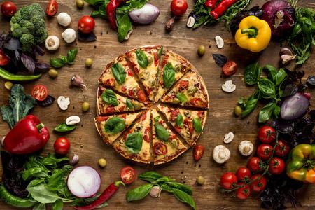 cut italian pizza 版權商用圖片