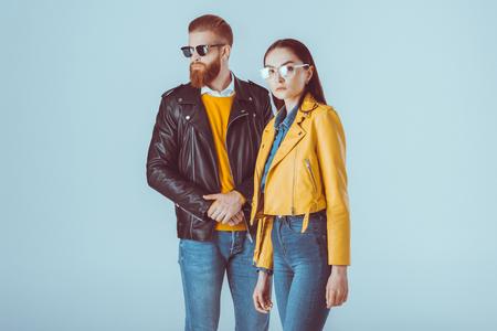 Fashion couple en vestes en cuir Banque d'images - 85657778