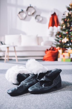 black santa boots