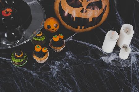halloween decoraties en kaarsen