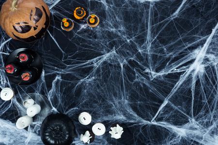 halloween decoraties en spinnenweb Stockfoto