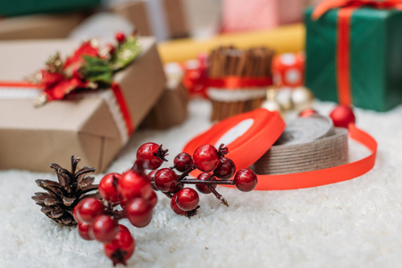 christmastime: christmas decor and gifts