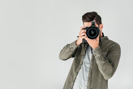 fotograaf met digitale fotocamera