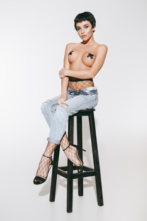 topless girl in jeans Stockfoto