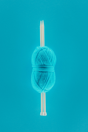 knitting yarn ball with knitting needles Stok Fotoğraf