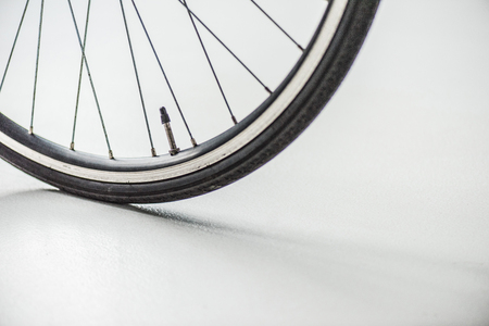 bicycle wheel with rim, tire and spokes with valve 版權商用圖片