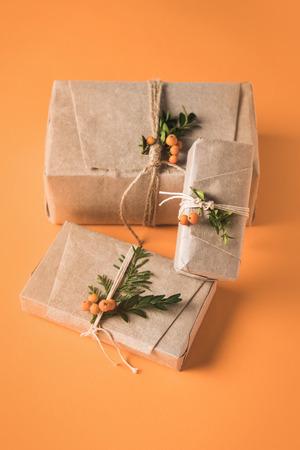 クラフトペーパーのクリスマスプレゼント