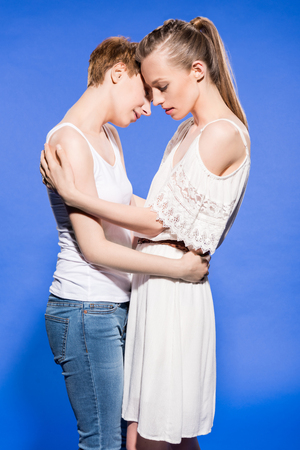 lesbian couple hugging Stock Photo - 95334975