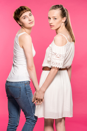 lesbian couple holding hands Stock Photo - 95334982