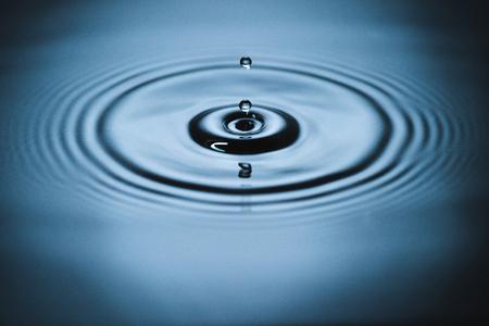 Splash on water surface