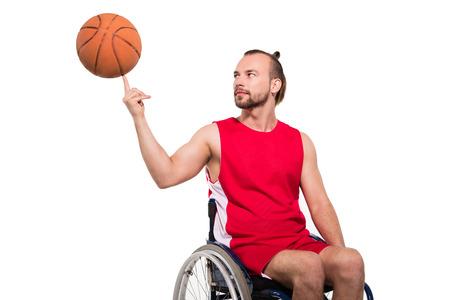 농구를 놀고 휠체어에 스포츠맨 스톡 콘텐츠 - 95686315
