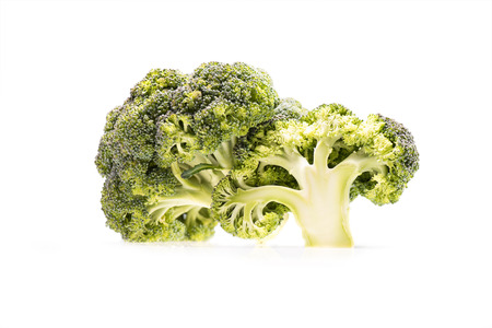 fresh healthy ripe broccoli branches isolated on white 스톡 콘텐츠
