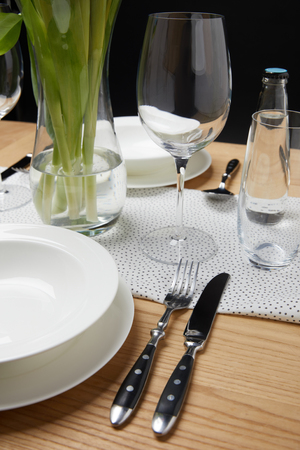 Dinnerware with glasses