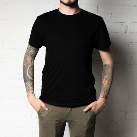 cropped shot of man in blank black t-shirt Stock fotó - 102325548