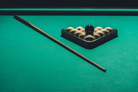 gambling table with russian billiard set and cue Archivio Fotografico - 104561334