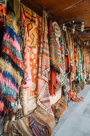 close up view of different colorful carpets at market in Cappadocia, Turkey 版權商用圖片