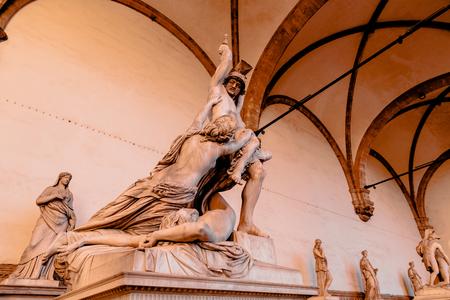 Sculpture Rape Poliksena of Pio Fedi in Loggia de Lanzi, Florence Banco de Imagens - 105909512