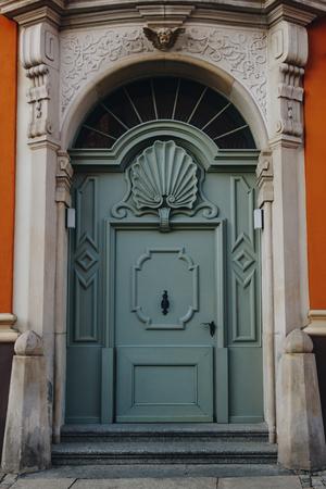 ancient wooden doors of european building, Wroclaw, Poland Zdjęcie Seryjne