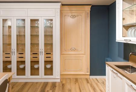 Interno della cucina moderna con un design elegante