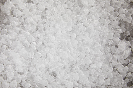 Vollbildaufnahme von Crushed Ice zum Einfrieren von Lebensmitteln